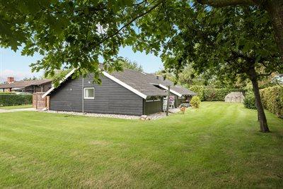 Holiday home, 66-0105, Skovmose