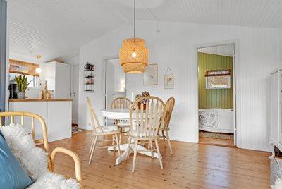 Holiday home, 66-0140, Skovmose