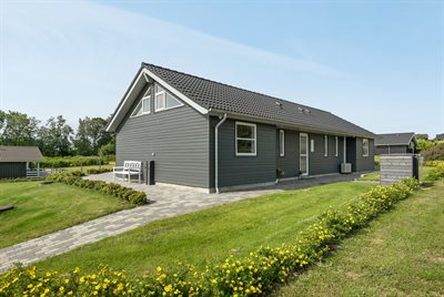 Holiday home, 66-3045, Mommark