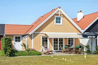 Holiday home in a holiday village, 73-0065, Bro Strand