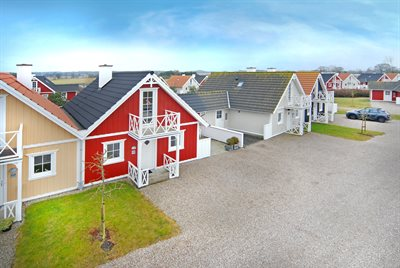 Holiday home in a holiday village, 73-0066, Bro Strand