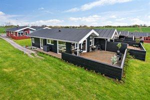 Holiday home in a holiday village, 75-3031, Dagelokke