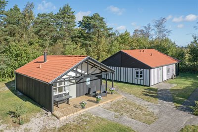 Holiday home in a holiday village, 82-0799, Marielyst