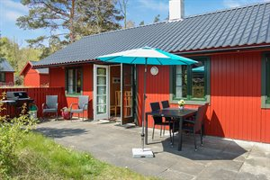 Holiday home in a holiday village, 95-9003, Dueodde Ferieby