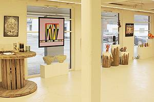 The exhibition with visual arts and handicraft products