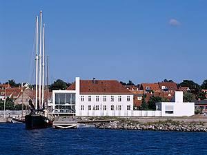 Glasmuseet Ebeltoft facade