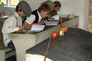 Elever i skolbänken