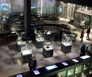 Go exploring in the vibrant exhibitions of Moesgaard Museum
