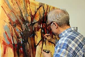 Henrik is aan het schilderen