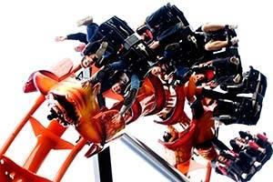De achtbaan Cobra