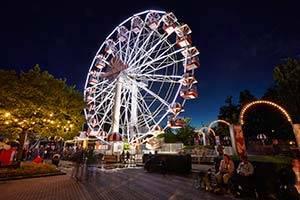 Pariserhjul om aftenen