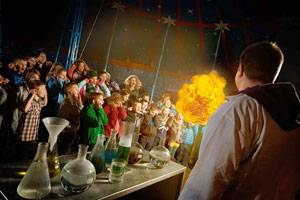 Universe science cirkus