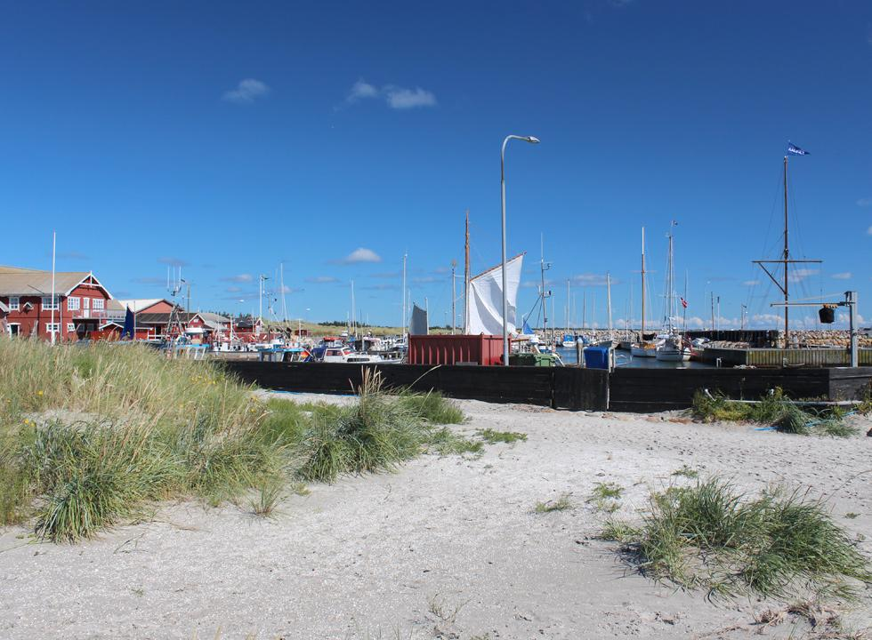 View of the harbour in Ålbæk from the southern bathing beach