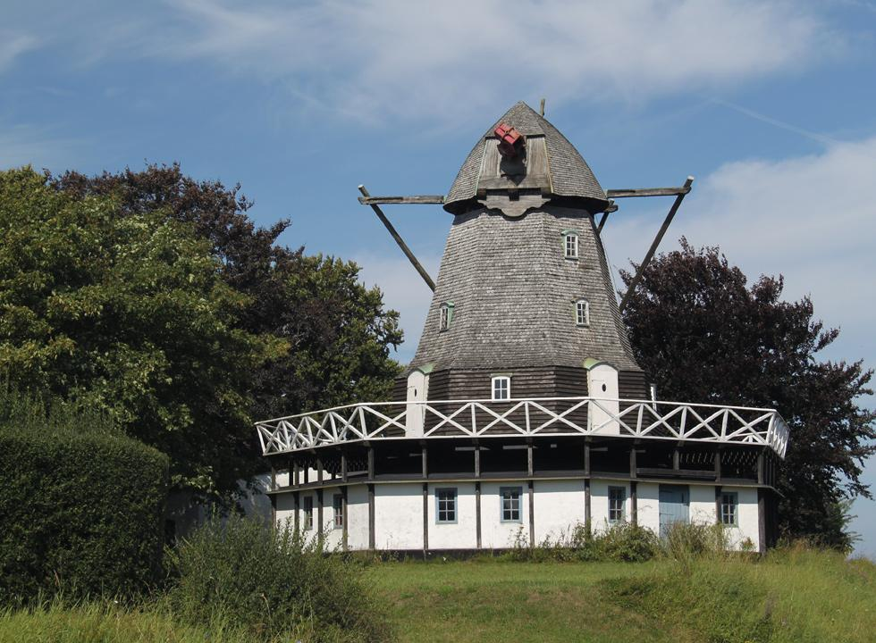 The mill of Ærøskøbing is situated on a hill, right outside town