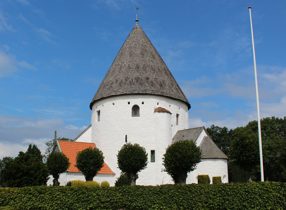 The highest round church of Bornholm, Olsker Rundkirke, is located 6 km from Allinge