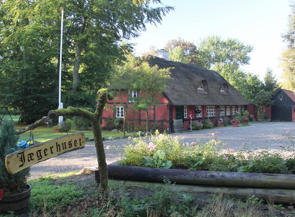 In Als Odde you will find the most cosy restaurant in Denmark, Jægerhuset, in a half-timbered house with thatched roof