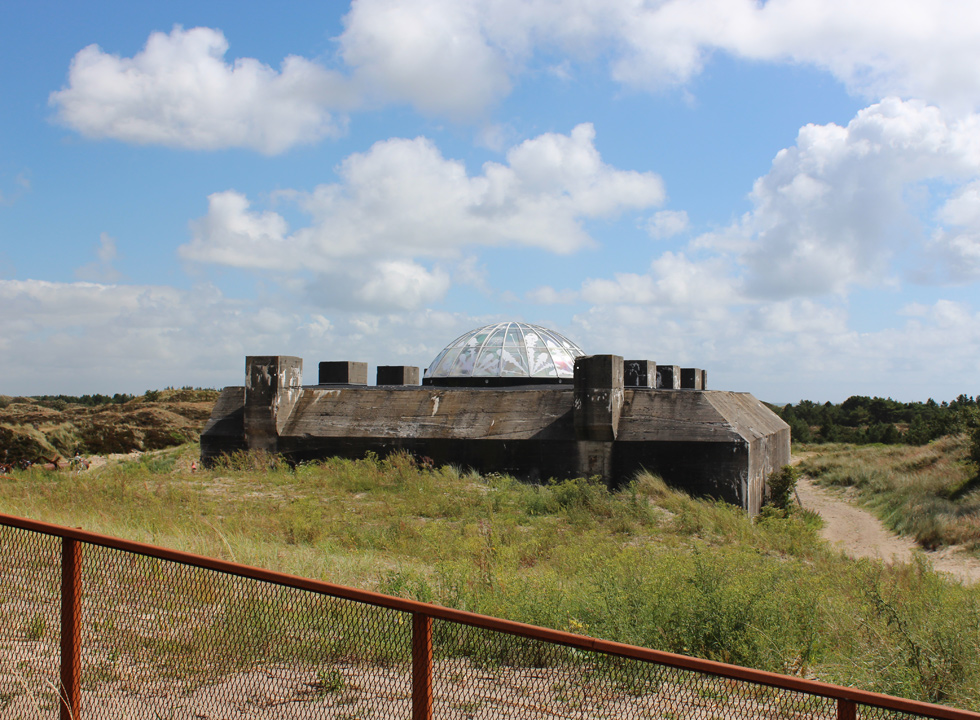 The museum bunker Tirpitz is situated in the beautiful dune landscape in Blaavand