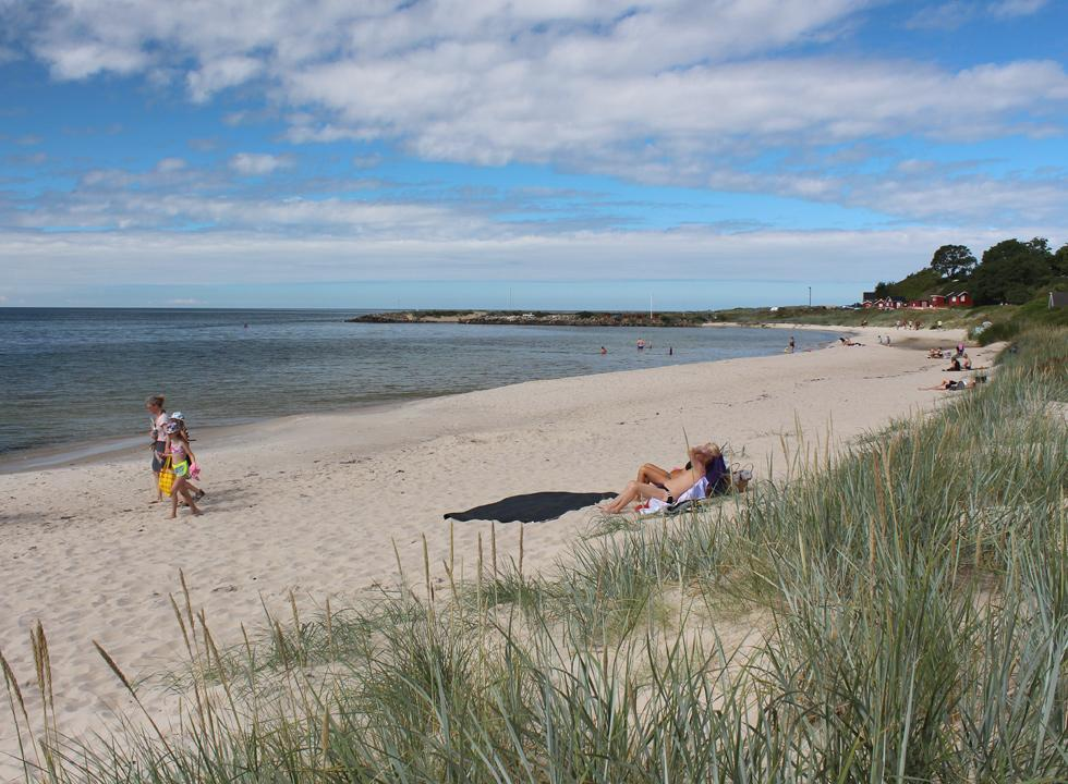 The beach of Boderne is situated next to the leisure harbour and the fishing houses