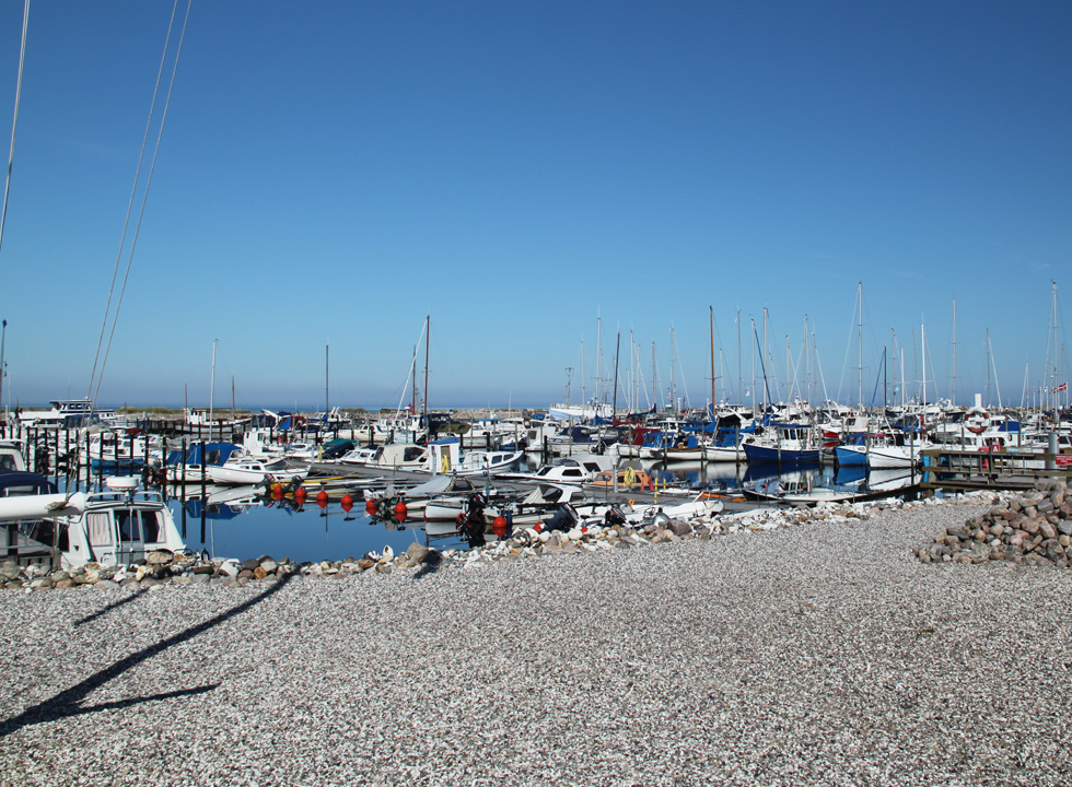In the large harbour of Bønnerup you will find fishing boats, small leisure boats and large yachts side by side