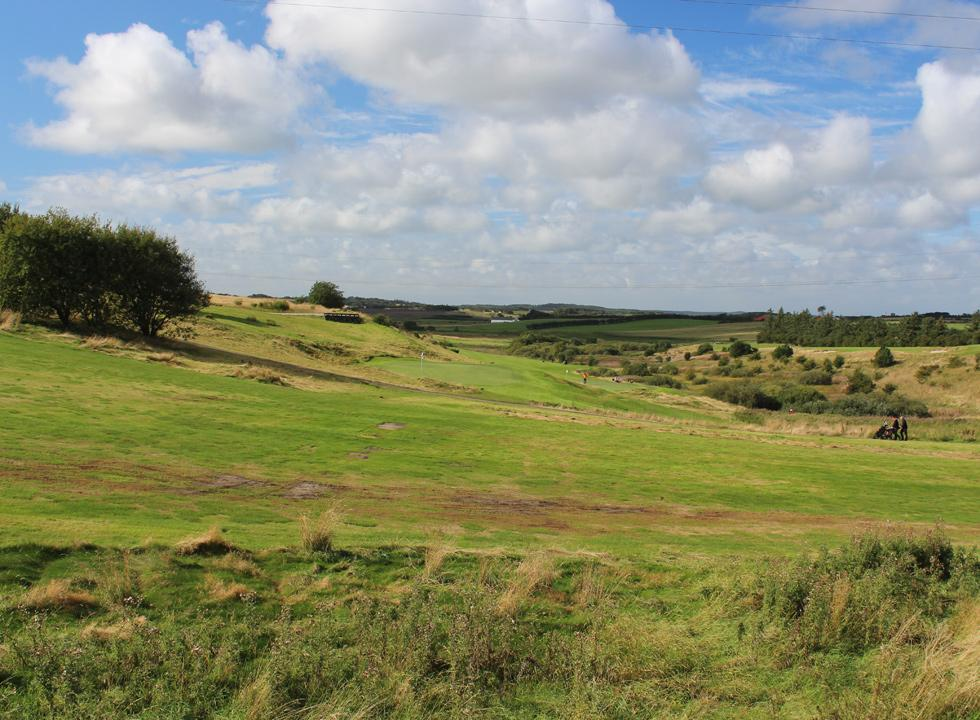 The golf course in Gatten is very varying and covers a large area