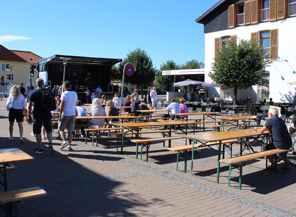 During the summer you can enjoy entertainment on the stage in the pedestrian street in Gilleleje