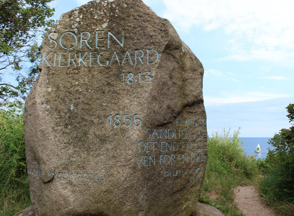 Monument in the honour of Søren Kierkegaard by the path, Gilbjerghoved-stien, in Gilleleje