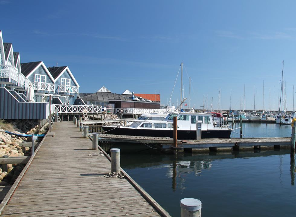 At the end of beach Grenå Strand you will find the cosy marina