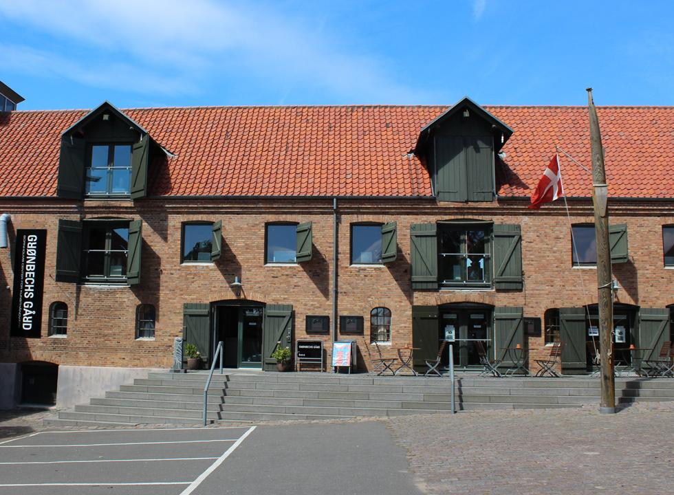 Enjoy art and handicraft from Bornholm at the exhibition spot Grønbechs Gård in Hasle