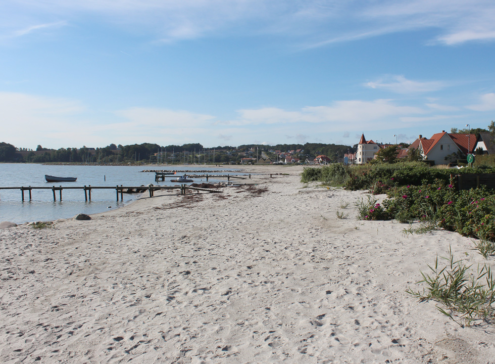 View of the beach from the northern part of Hejlsminde