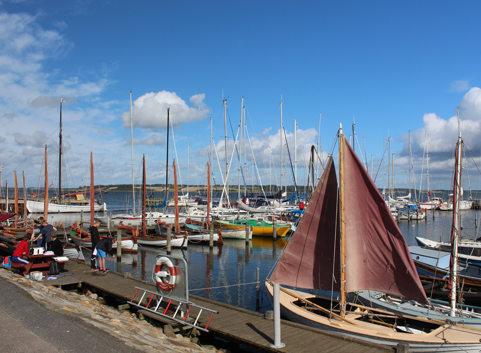 The evocative marina in Hjarbæk, where you can fish and have a picnic