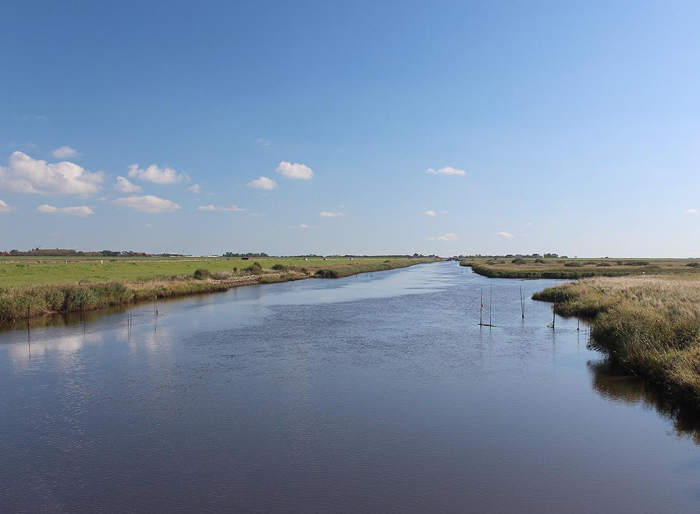 The stream Vidåen and the Danish Wadden Sea meet by the lock, Hojer Sluse