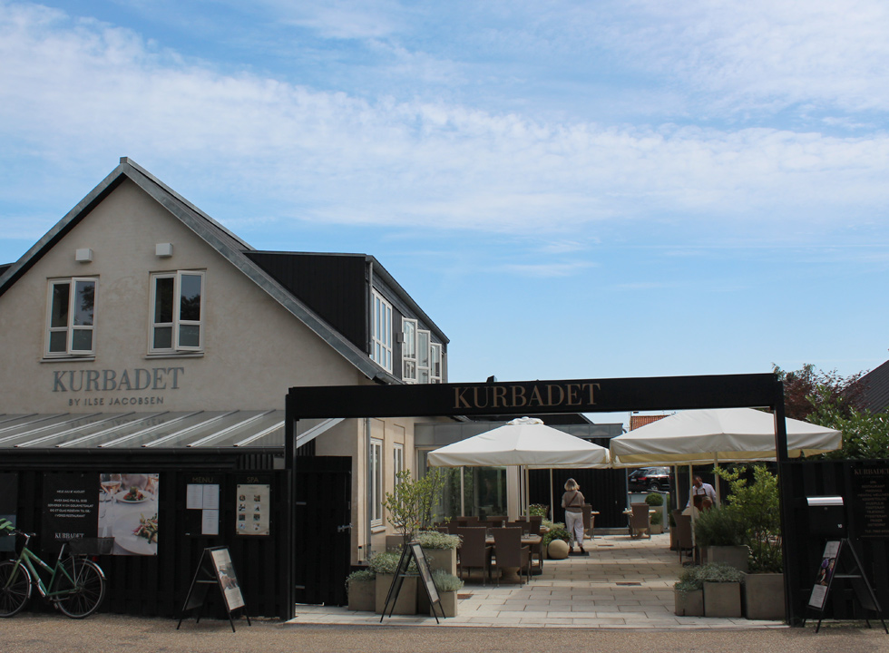One of the many cosy eateries in the charming holiday town Hornbæk