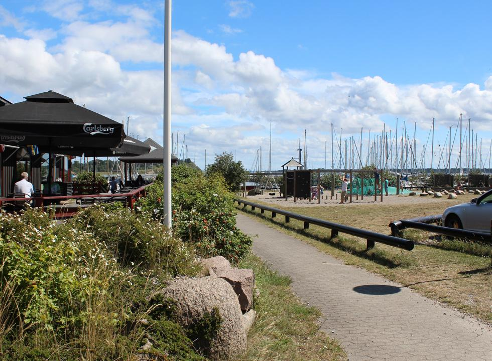 Cosy eatery by the playground and the marina in Lynæs, near Hundested