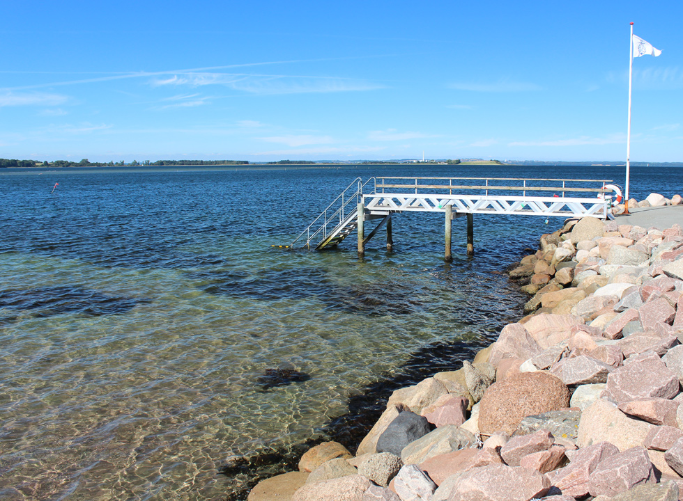 Bathing jetty in the marina of Knebel