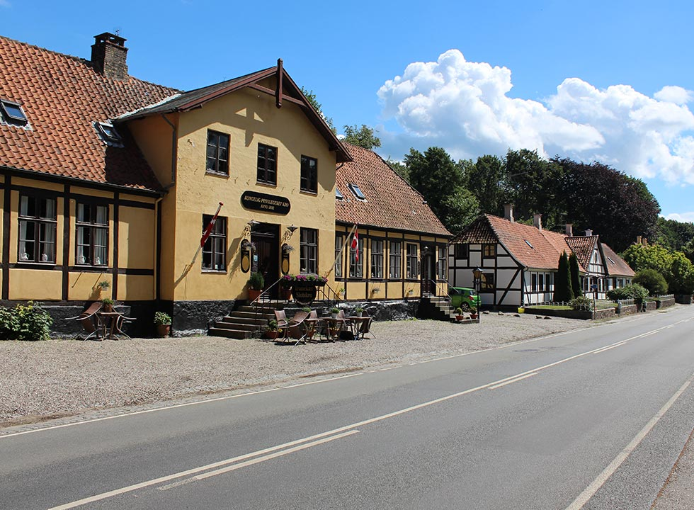 The cosy village Tranekar is located 6 km to the north of the holiday area Lokkeby
