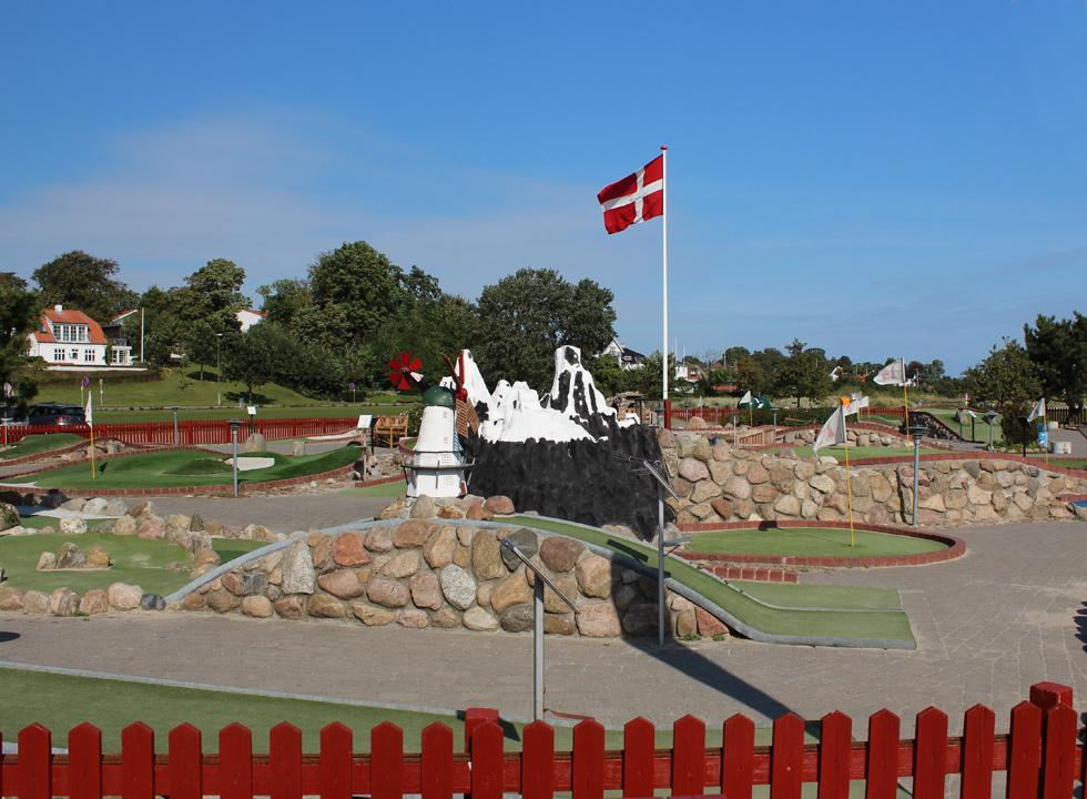 Beautiful and challenging minigolf course by Kerteminde Nordstrand, 8 km from Munkebo