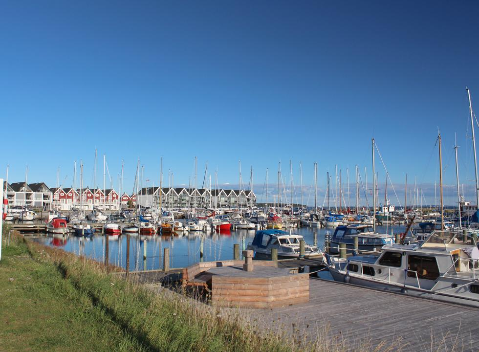 Holiday apartments with a view of the large marina in Nykøbing Sjælland
