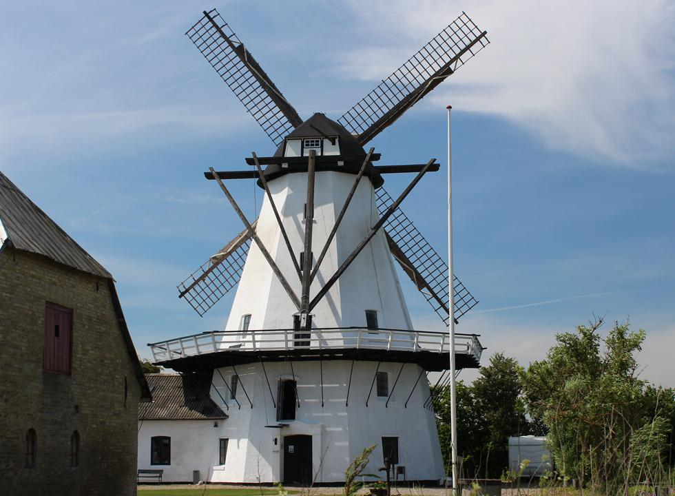 Visit the well-maintained, 150-years old mill Sillerup Mølle, just a few kilometres from Ørby Hage Strand