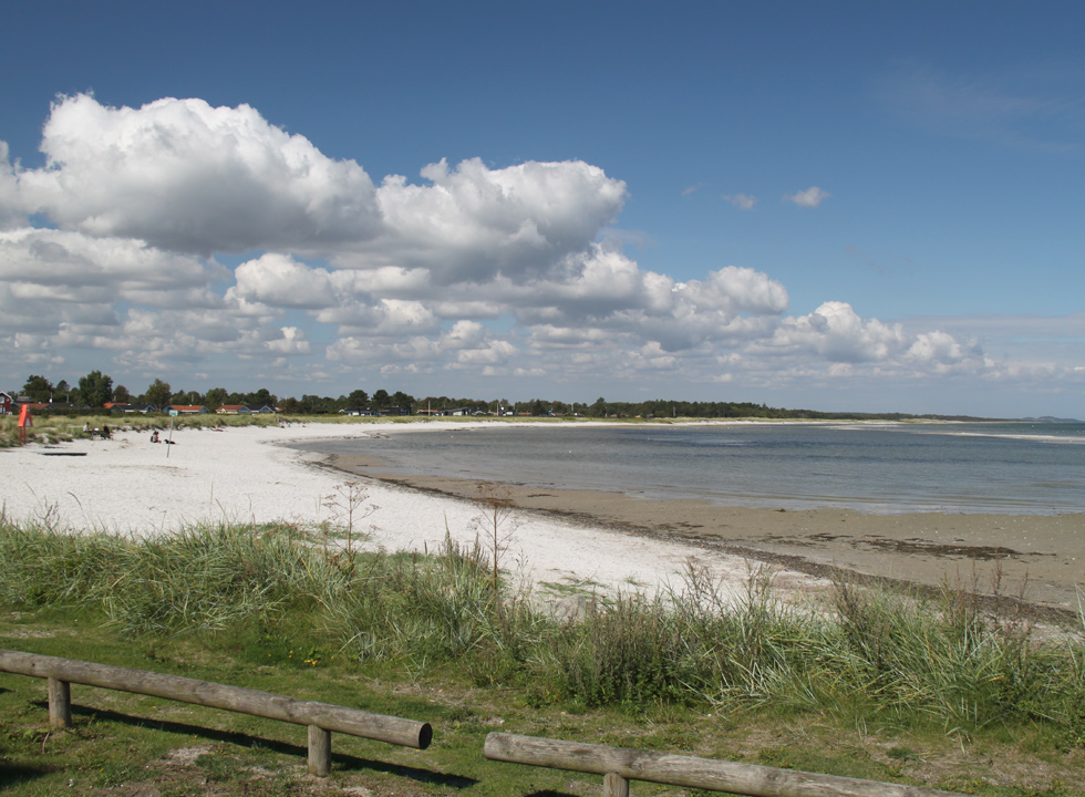 The southern part of the long bathing beach in Oster Hurup