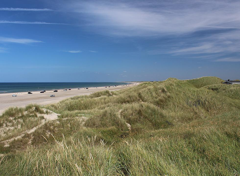 The high dunes by the wide bathing beach of Rødhus