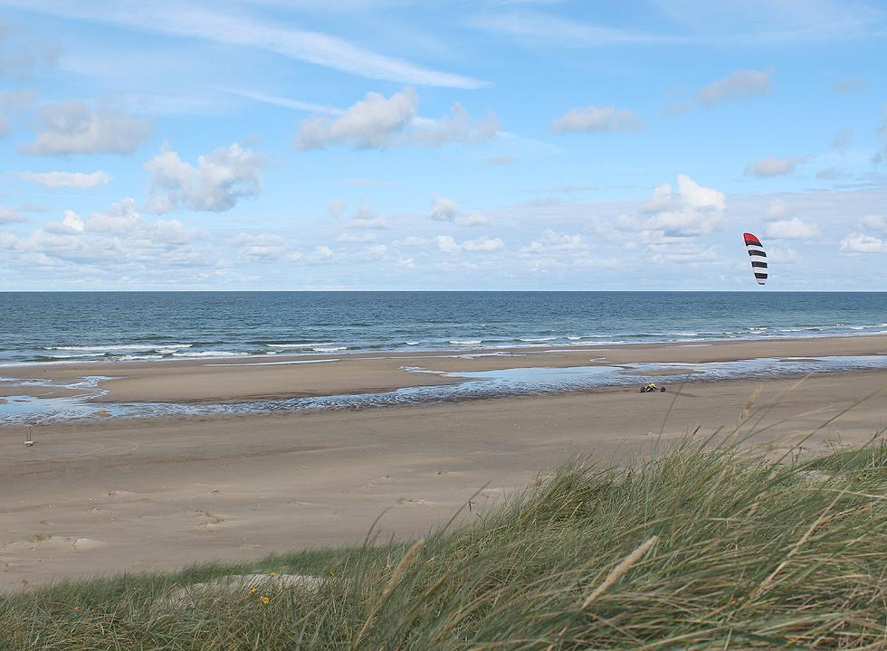View of a kite buggy from the dunes in Rødhus