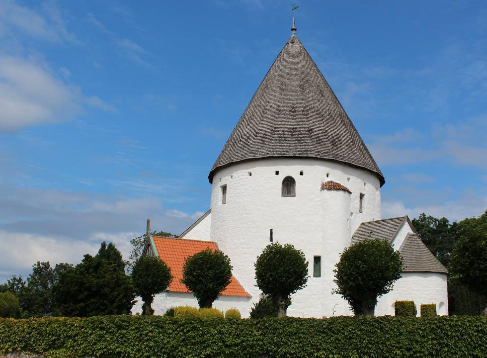 Olsker Rundkirke, 5 km from Rutsker Højlyng, is the highest and most elegant round church on Bornholm
