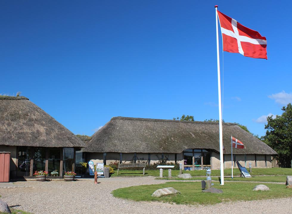 The experience centre Hjemsted Oldtidspark is situated in the outskirts of the holiday area Skærbæk
