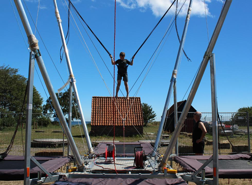 During the summer you can try a superjumper and many other activities in Snogebæk