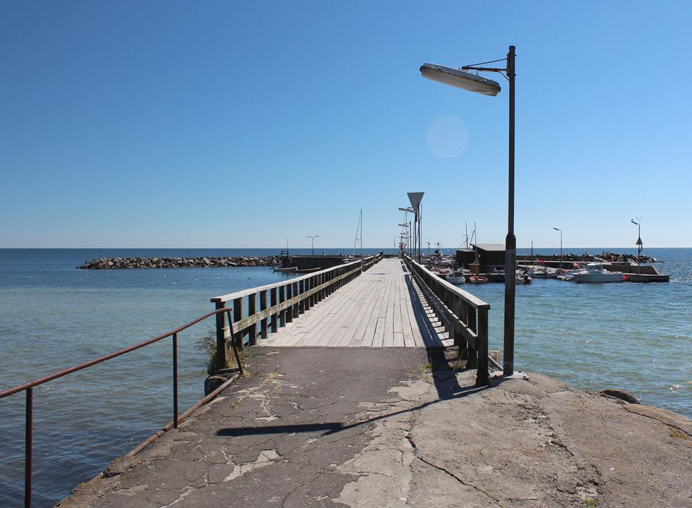 The long pier with the leisure harbour and a sea bath in Snogebæk