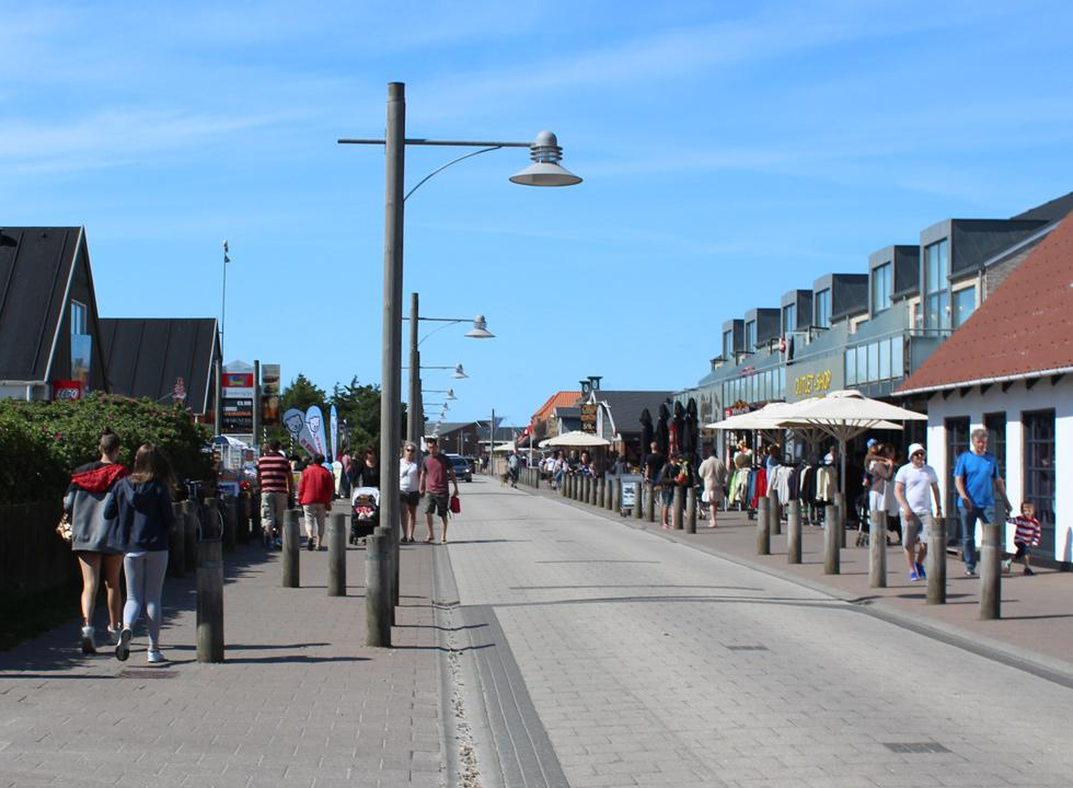 The mail street with restaurants and shops in Sondervig