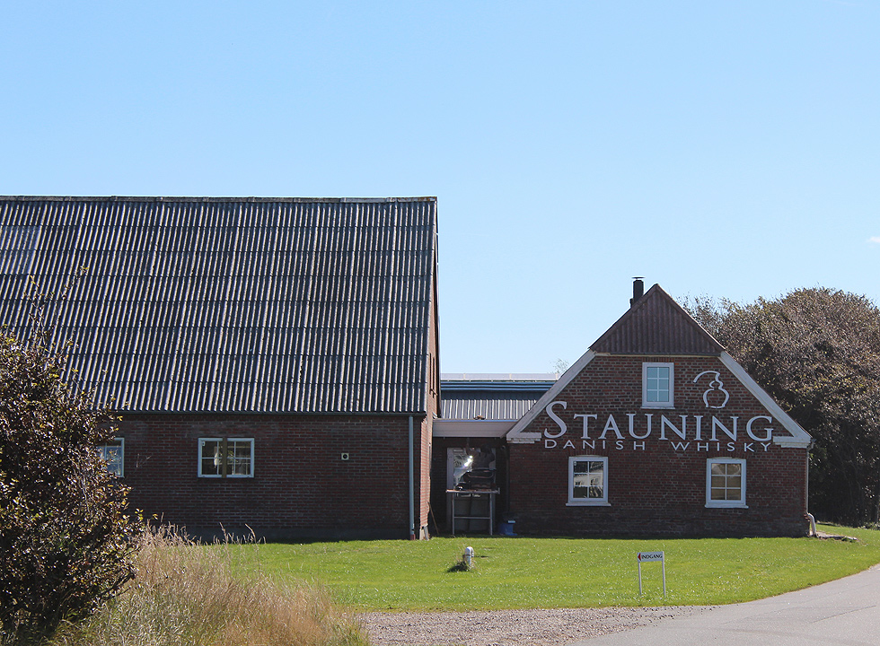 In the outskirts of Stauning you can experience a whisky distillery, which was founded in 2005 by Danish whisky enthusiasts