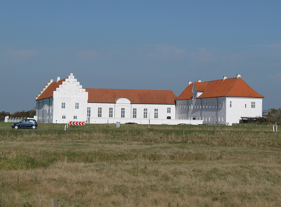 The impressiv convent Vidtskøl Kloster, which is situated in the northern outskirts of Trend