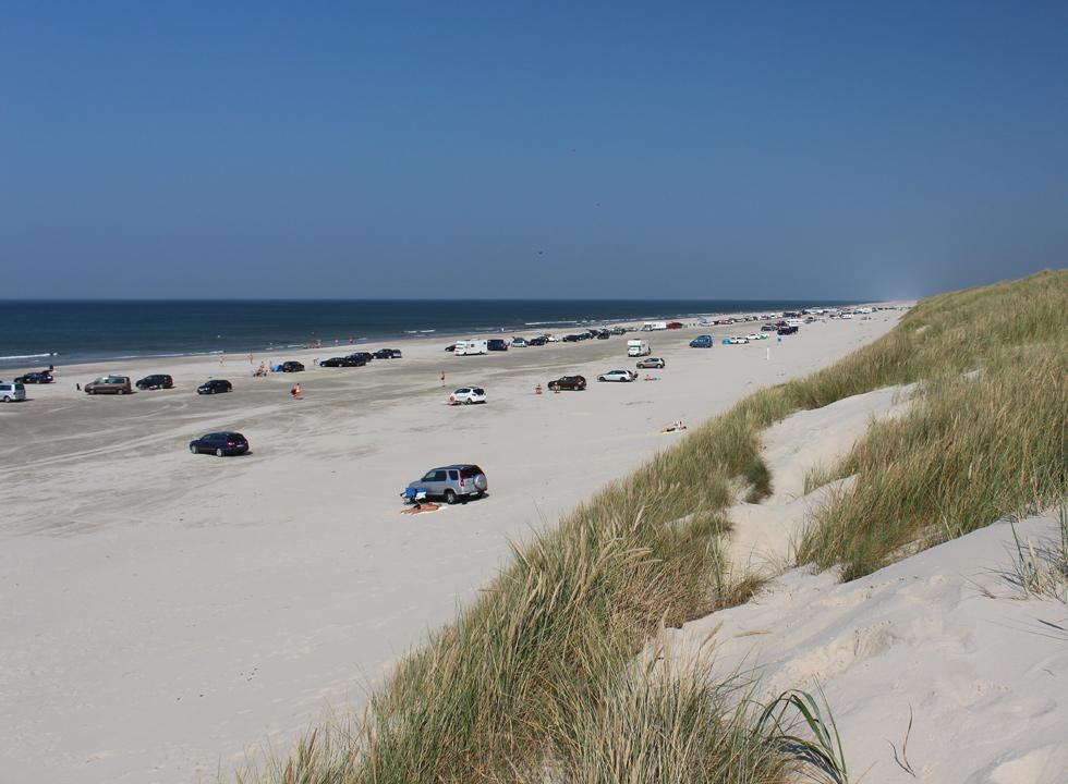 Wide bathing beach with white sand and lovely bathing water in Vejers