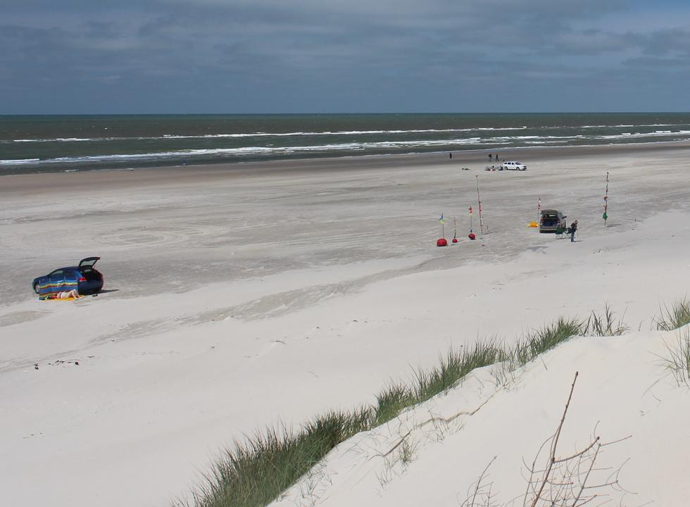 The wide sandy beach in Vejers invites both relaxation and beach activities